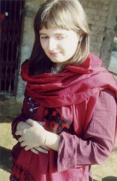 Вахлакова Алина, Индия 2004