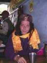 Парижанка Сара на фоне индийской дхаба